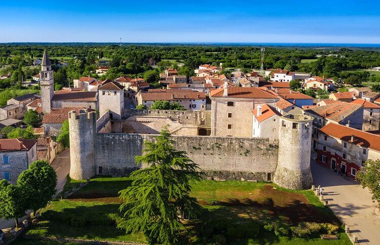 opremanje-dvoraca-istra